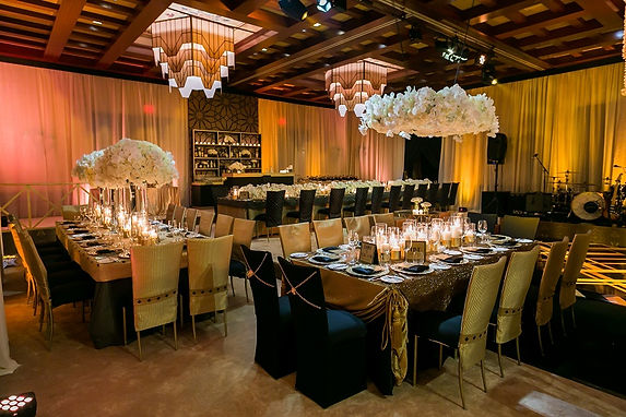 Black-and-Gold-White-Wedding-Reception-D