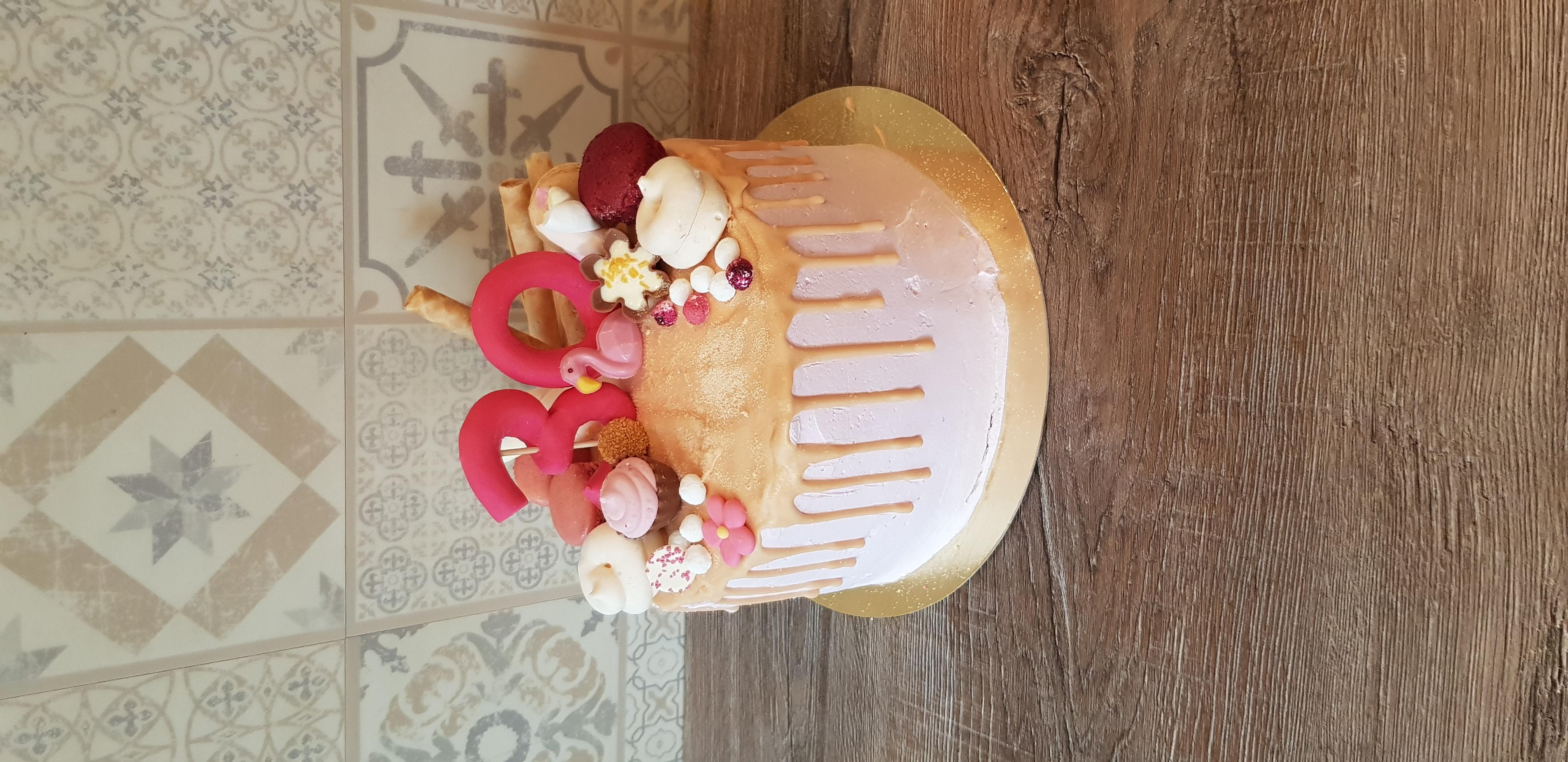 Thema drip taart