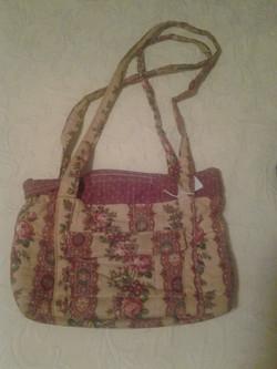 Maroon Pattern Quilted Handbag - Simple Sewing.jpg