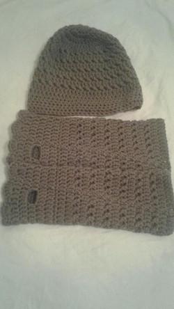 Mushroom (brown) Adult Fingerless Gloves & Hat - Simple Crochet