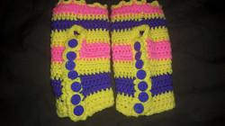 Short Yellow Fingerless Gloves - Simple Crochet