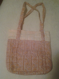 Orange Pattern Quilted Handbag - Simple Sewing.jpg