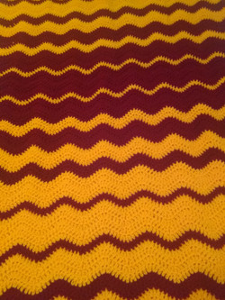 Medium Maroon & Gold Blanket - Ripple St