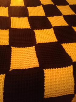 Large Gold & Black Blanket - Waffle Stit