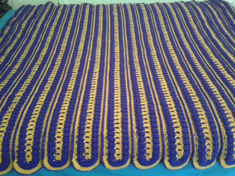 Medium Amethyst & Gold Blanket -Strips S