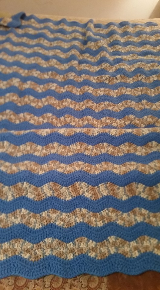 Medium Light Blue Blanket - Ripple Stitc