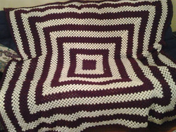 Large Red & White Blanket - Granny Squar