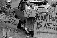 Ruby Ridge protesters.jpg