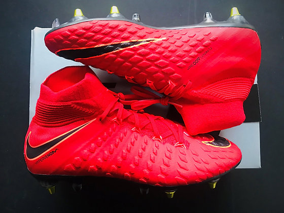 "Nike Hypervenom Phantom III DF ""Play Fire"" University Red / Black SG AC"