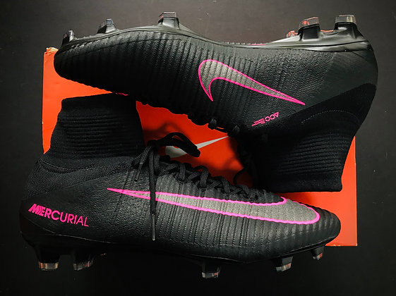 "Nike Mercurial Superfly V ""Pitch Dark Pack"" Black / Pink Blast FG"
