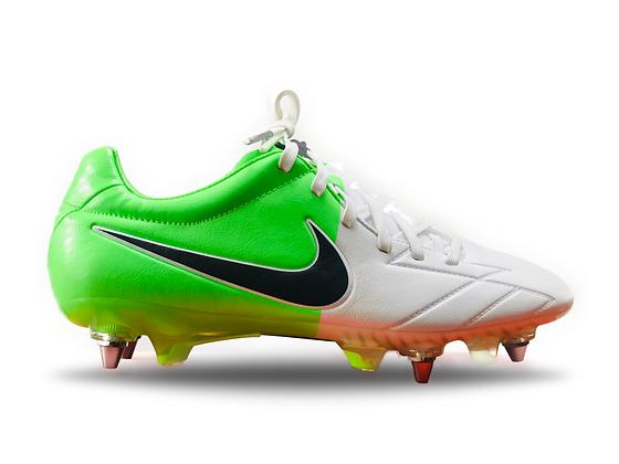 Nike Total90 T90 Laser IV KL SG White / Green Euro 2012 Clash
