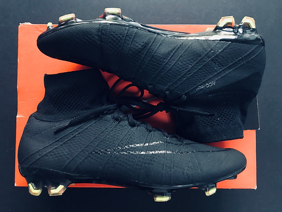 Nike Mercurial Superfly FG Black Academy Pack - UK Size 8.5