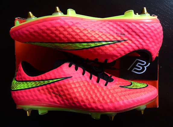 Nike Hypervenom Phantom I  Hyper Punch World Cup Size UK 10.5 - SG