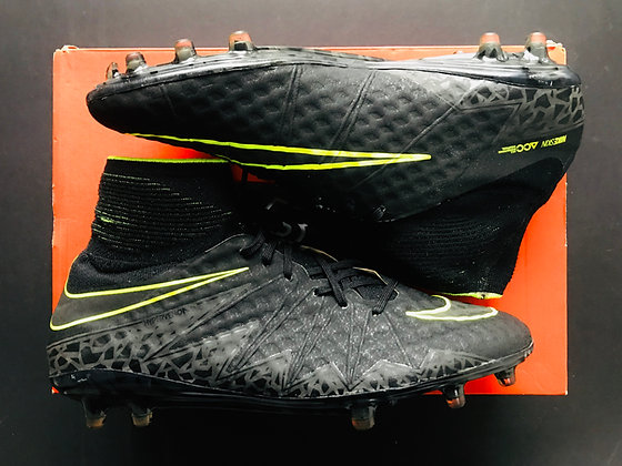 Nike Hypervenom Phantom II - Black / Volt FG UK Size 9