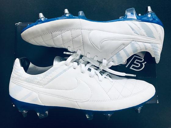 Nike ID Tiempo Reflective White / Blue Strike SG Pro UK Size 7.5