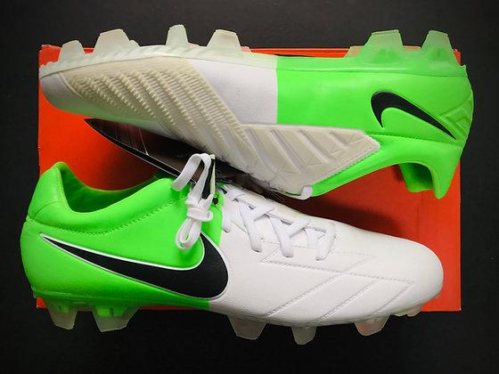 Nike Total90 T90 Laser IV KL FG White / Green Euro 2012 Clash