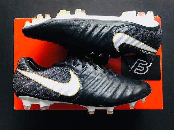 """Nike Tiempo Legend VII """"Pitch Dark"""" Black White Gold  FG"""