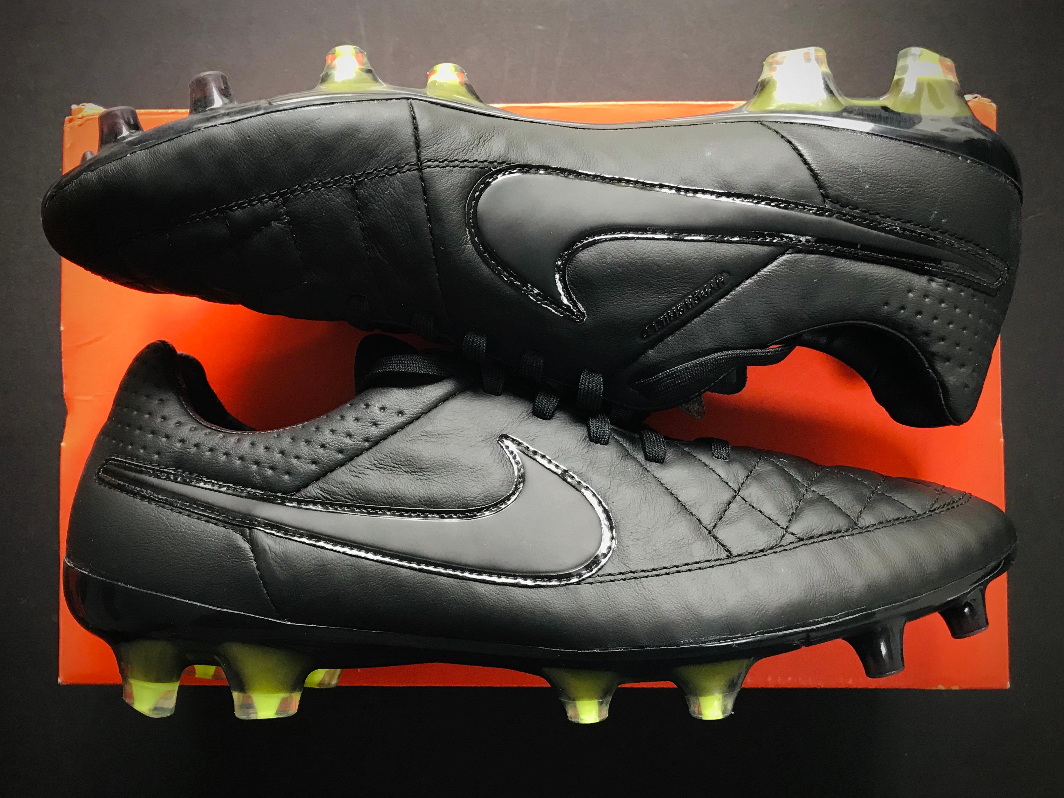 Nike Tiempo Legend V ACC FG Black