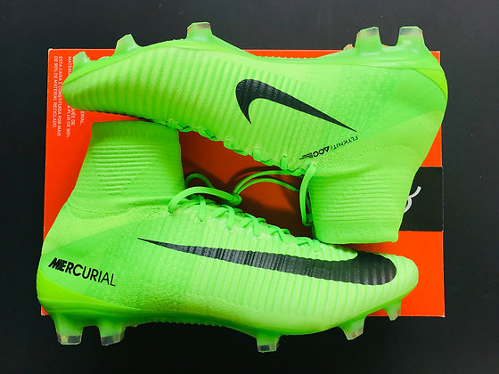 Nike Mercurial Superfly V FG Radiation Flare Electric Green