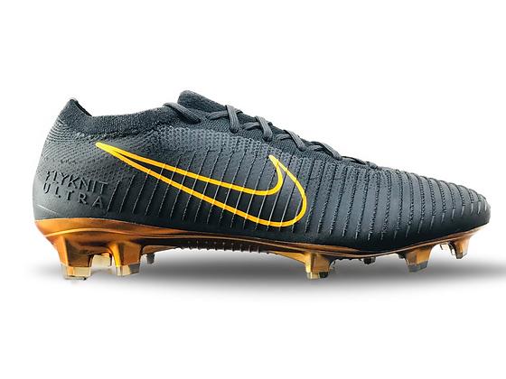 Nike Mercurial Flyknit Ultra Black / Gold FG