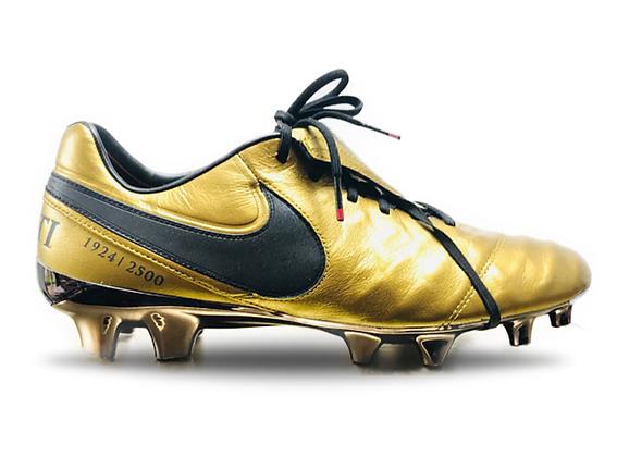 Nike Tiempo Legend TOTTI X Roma SE FG UK