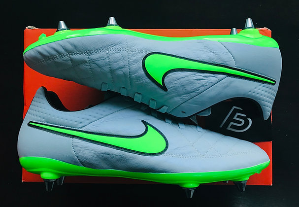 Tiempo Legend V SG Pro Football Boots UK Size 9