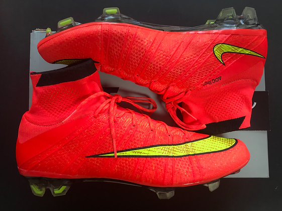 """Nike Superfly IV """"World Cup"""" Carbon Fibre - Hyper Punch FG - Size  UK8"""