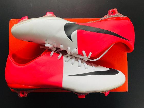 "Nike Mercurial Vapor VIII White / Solar Red ""Clash"" Euro 2012 FG"