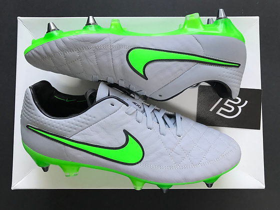 Tiempo Legend V Wolf Grey / Green Strike SG Pro UK Size 6.5