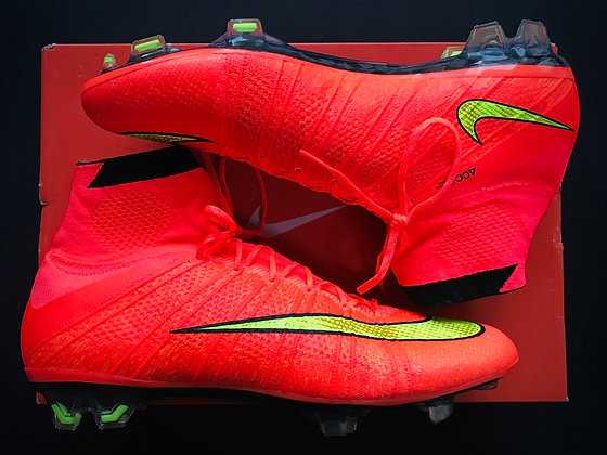 Nike Mercurial Superfly IV Hyper Punch / Gold / Black 2014 World Cup