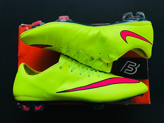 "Nike Mercurial Vapor X ""Highlights"" Pack Volt / Hyper Pink FG UK Size 10"