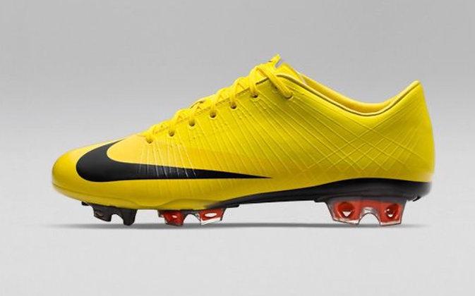 Nike Mercurial Vapor Superfly I Yellow Black Size UK 8 - FG