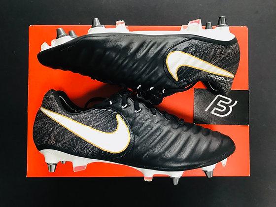 "Nike Tiempo Legend VII ""Pitch Dark"" Football Boots SG Pro"