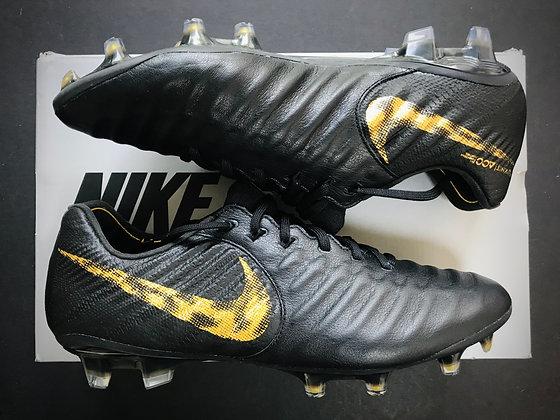 Nike Tiempo Legend VII Elite FG Black Lux Edition Black / Metallic Gold