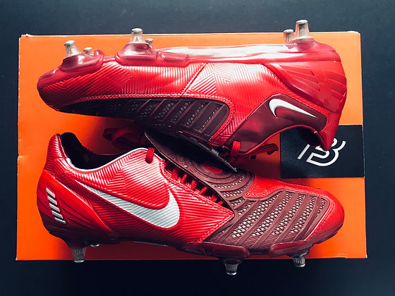 NIKE TOTAL 90 T90 Laser II SG UK SIZE 8.5 – Red