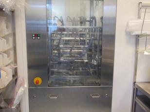 1SL - CLEANING AND STERILIZING MACHINE. BRAND BELIMED. MODEL PH820-V-2ST