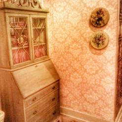 Storybook Gardens Antique Salloon Salon