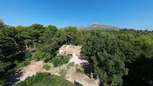 drone immobillier maison.jpg