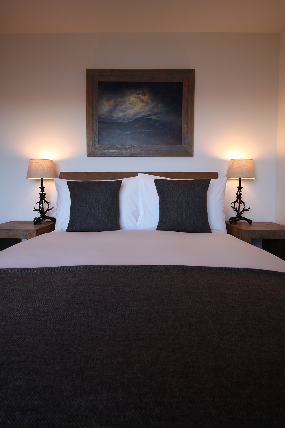Bed and art in Hillstone Two
