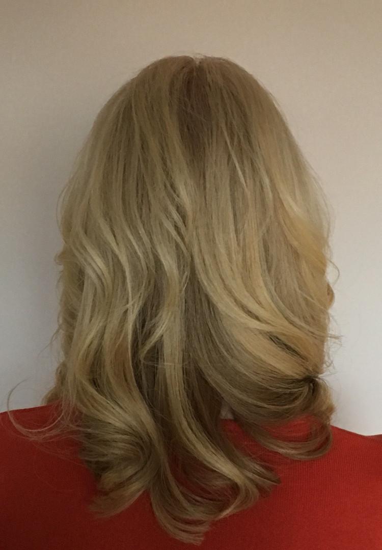 Curls by Lorraine