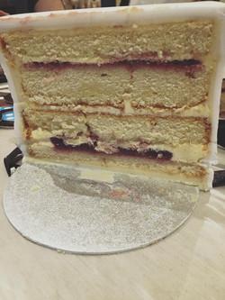Raspberry & Vanilla Cake Boxes