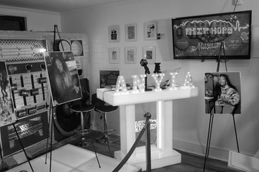 broadcast-studio-2-bw-500x500.jpg