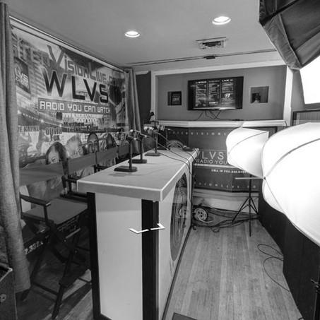 broadcast-studio-bw-500x500.jpg
