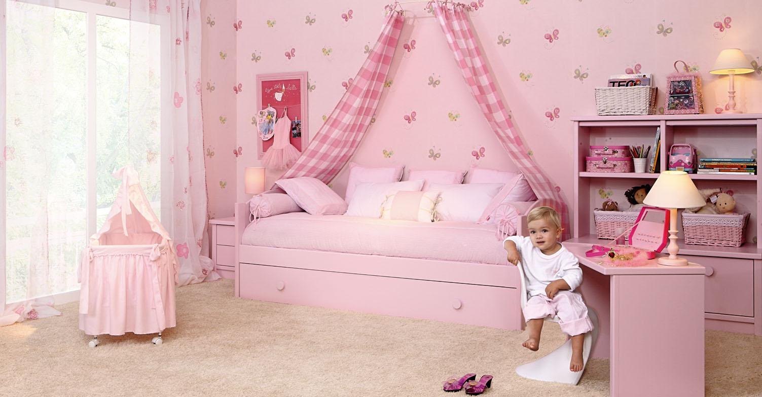 cama infantil con dosel
