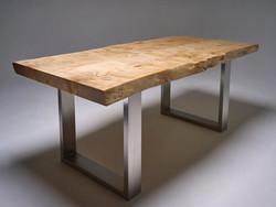 Mesa tablero de madera y pie de metal
