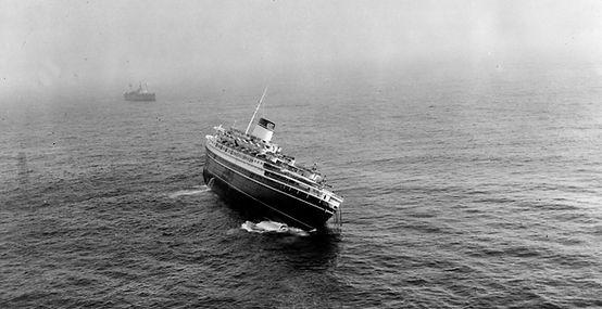 SS Andrea Doria sinking capsize