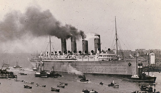 RMS Mauretania steam ship ocean liner sailing into port