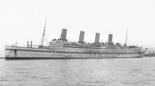 HMHS Aquitania photograph WWI