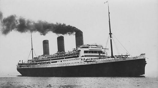 pictur of RMS Majestic steaming
