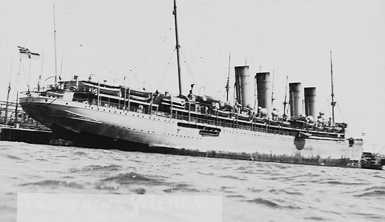 RMS Queen Mary steam ship ocean liner sailing at sea